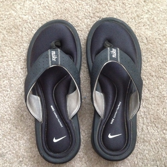 low priced 4c233 e2e1c Nike Slippers